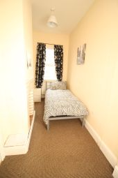 Thumbnail Room to rent in Holly Road, Retford