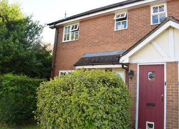 Thumbnail 1 bed flat to rent in Earle Howe Road, Holmer Green, High Wycombe