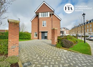4 bed semi-detached house to rent in Fitzroy Gate, Egerton Drive, Isleworth TW7