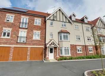 Thumbnail 2 bed flat for sale in Albany Court, Leigh-On-Sea