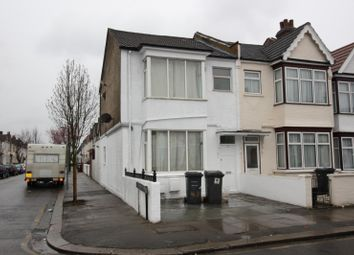Thumbnail 2 bed flat to rent in Montagu Road, Hendon
