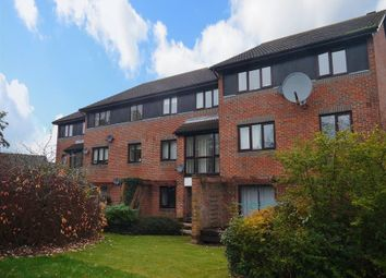 Thumbnail 2 bed flat to rent in Eldridge Close, Abingdon-On-Thames
