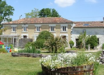 Thumbnail Commercial property for sale in Cognac, Charente-Maritime, France
