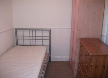 Thumbnail Property to rent in Anstey Road, Reading