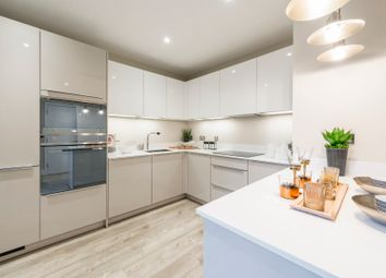 Thumbnail 1 bed flat for sale in Woodside Square, Woodside Avenue, Muswell Hill, London