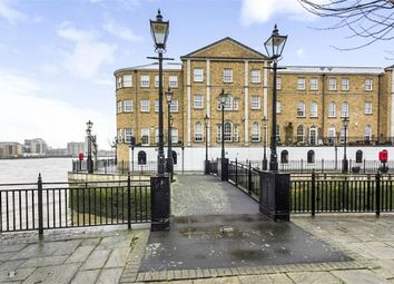Thumbnail 1 bed flat for sale in Edward Square, London