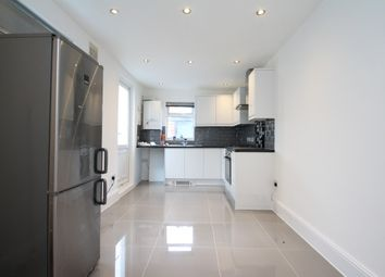 Thumbnail 2 bedroom flat to rent in Neville Road, East Croydon