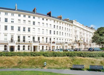 Thumbnail 2 bedroom flat to rent in Adelaide Crescent, Hove, East Sussex