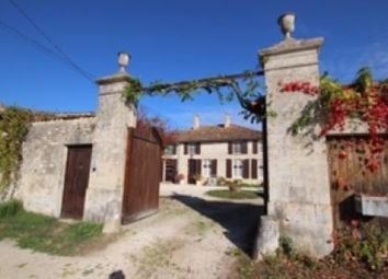 Thumbnail 6 bed country house for sale in Chef-Boutonne, Deux Sevres, France