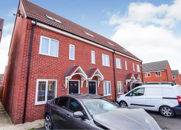 3 bed town house for sale in Upton Drive, Stretton, Burton-On-Trent DE14