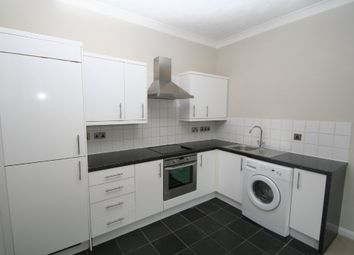 Thumbnail 2 bed flat to rent in Upper Grosvenor Road, Tunbridge Wells