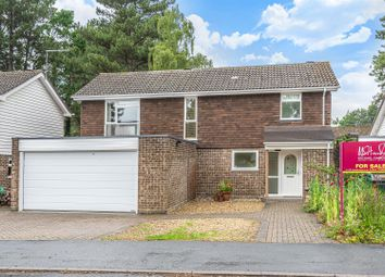 4 Bedrooms Detached house for sale in Southwold, Bracknell, Berkshire RG12
