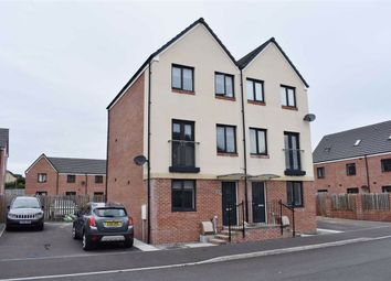 Thumbnail 3 bed town house for sale in Golwg Y Garreg, Swansea