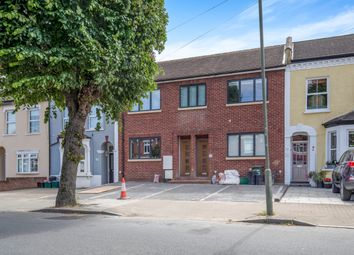 Thumbnail 2 bed flat to rent in Birkbeck Road, Beckenham
