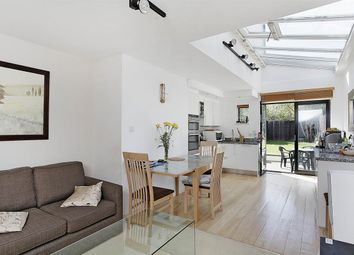 Thumbnail Flat for sale in Hartfield Crescent, London
