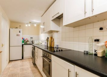 Thumbnail 2 bed flat to rent in Hackney Road, Bethnal Green