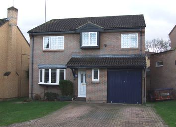 Thumbnail 5 bed detached house to rent in Chaffinch Close, Wokingham