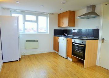 Thumbnail 2 bed flat to rent in Lynmouth Road, Perivale, Greenford, Greater London