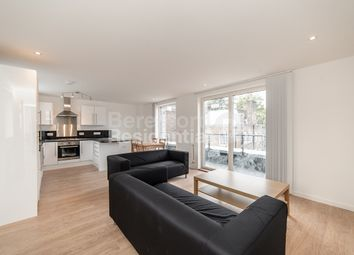 Thumbnail 3 bed flat to rent in Smedley Street, London