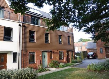 Thumbnail 3 bed property to rent in Darwin Gardens, Maidstone