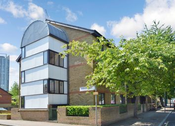 Thumbnail 2 bed flat for sale in Albion Street, London