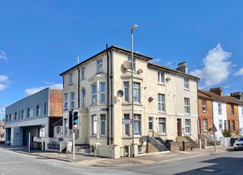 Thumbnail 2 bed flat for sale in Cavendish Place, Eastbourne