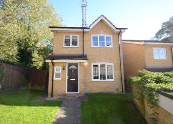 Thumbnail 3 bed detached house to rent in Morlais, Emmer Green, Reading