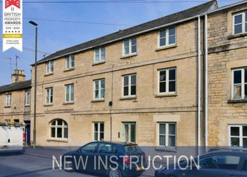 2 bed terraced house to rent in Queen Street, Cirencester GL7