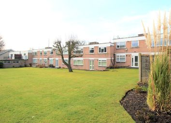 3 bed maisonette to rent in Garden Court, Stanmore HA7