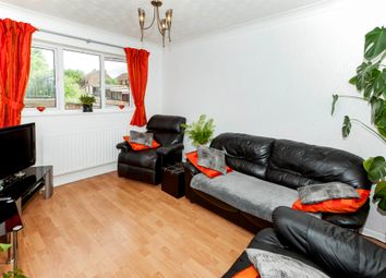 Thumbnail 2 bed flat for sale in Moreton Road North, Luton