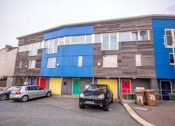 Thumbnail 4 bed shared accommodation to rent in Cliff Road, Plymouth