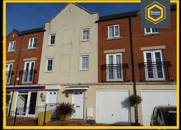 Thumbnail 3 bed town house for sale in Stryd Bennett, Llanelli