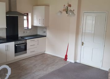 2 bed maisonette to rent in Lansdowne Avenue, Slough SL1