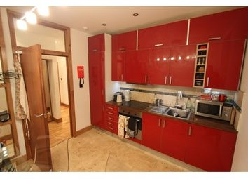 Thumbnail 3 bed flat to rent in West Bow, Edinburgh