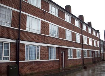 Thumbnail 2 bed flat to rent in Beverley Drive, Edgware, Middlesex, UK