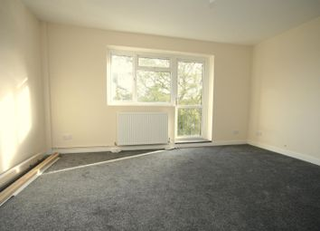 Thumbnail 2 bedroom property to rent in Longfield Crescent, Tadworth