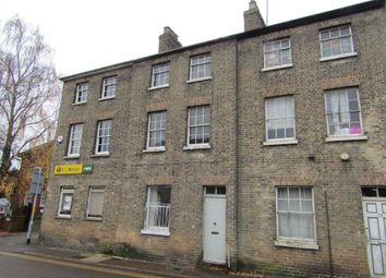 Thumbnail 4 bed town house to rent in Alexandra Road, Wisbech