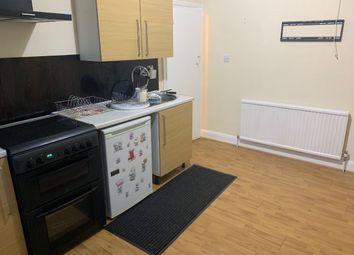 Thumbnail 2 bedroom maisonette to rent in Kingsley Avenue, Hounslow