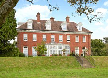 Nanhurst Park, Elmbridge Road, Cranleigh, Surrey GU6. 2 bed flat