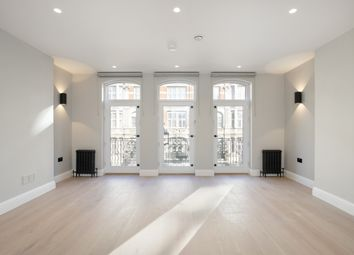 Thumbnail 1 bed flat to rent in Shaftesbury Avenue, London