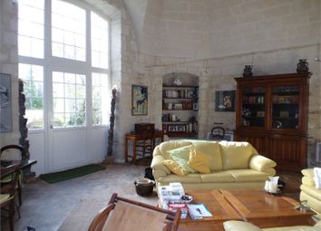 Thumbnail 7 bed detached house for sale in Languedoc-Roussillon, Gard, Beaucaire