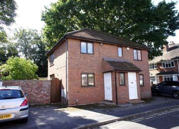 Thumbnail 2 bed flat to rent in Goldsmid Road, Reading