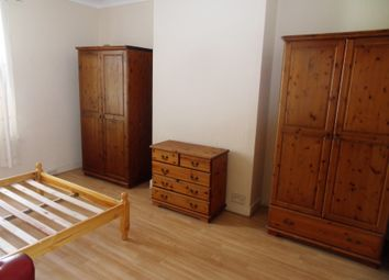 Thumbnail 1 bed flat to rent in Sidney Road, Wood Green
