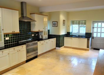 Thumbnail 6 bed detached house to rent in Victoria Road, Penarth