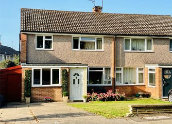 Blounts Court Road, Sonning Common, Berkshire RG4. 3 bed semi-detached house
