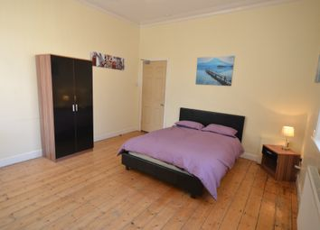 Thumbnail Studio to rent in Beuatiful Bedsit, Penzance Street, Mill Hill, Blackburn