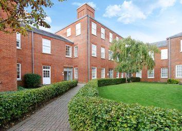 Knowle Avenue, Knowle, Fareham PO17. 2 bed flat for sale