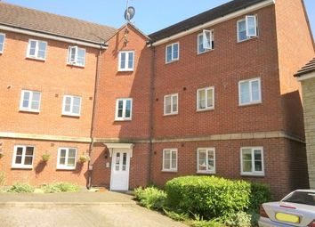 2 bed flat to rent in Dovedale, Swindon SN25