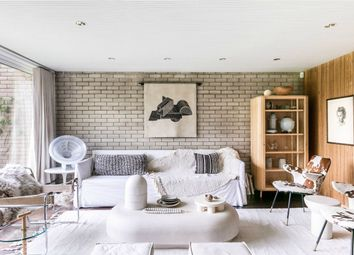 Thumbnail 4 bed detached house to rent in North Hill, London