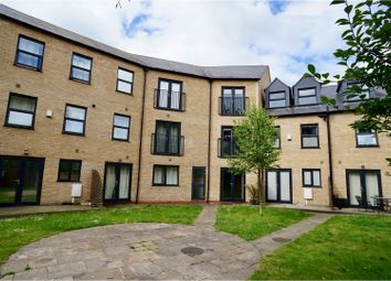 Thumbnail 2 bed flat for sale in Newark Road, Lincoln
